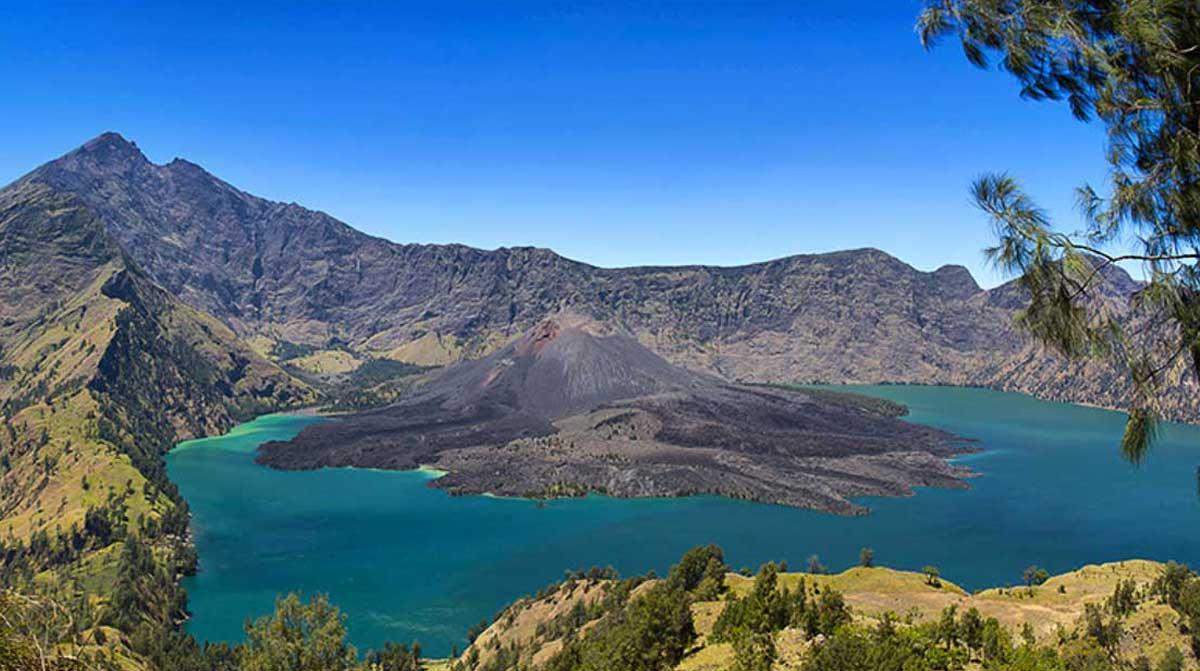 segara anak gunung rinjani lombok