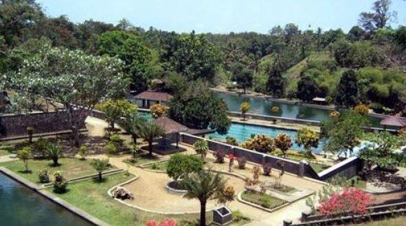 Narmada Awet Muda